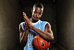 洛杉矶摄影师Dustin Snipes拍摄的篮球小子