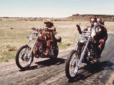 70年代的骑摩托沙漠兜风照