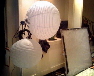 自制便宜的纸灯笼变光工具360度的柔光箱