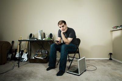 约翰•肯特利为连线杂志给电脑黑客Dan Kaminsky拍摄的肖像照