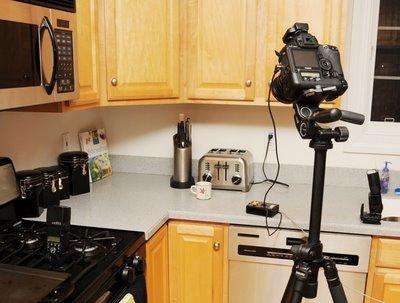 拍摄老鼠前使用引闪器和普威等设备的安装布置图