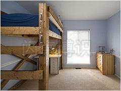 大卫·豪比拍摄ben的高架木头床