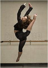 大卫·豪比布光拍摄Kassi跳舞的画面