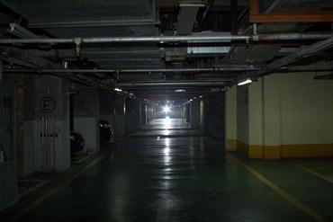地下停车场感光引闪距离测试场地