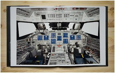 丹•温特斯Last Launch书里拍摄航天飞机的内部照片