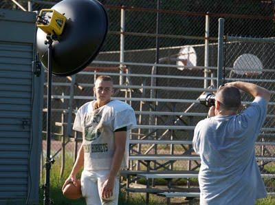 Dave Kile拍摄的大卫·豪比为橄榄球队员拍摄头像照时的布光图