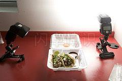 大卫·豪比拍摄夹肉玉米饼卷时的布光图