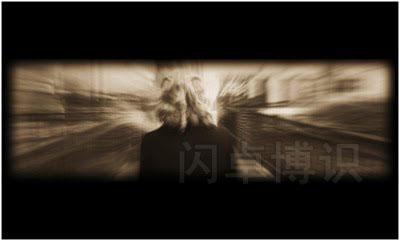 大卫·豪比给玻璃动物园拍的放映在舞台上的照片