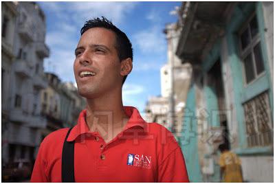 大卫·豪比拍摄的古巴哈瓦那的导游肖像照
