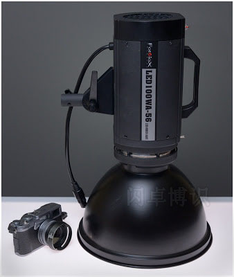Fotodiox LED一体式影室灯高度展示图